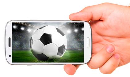 смартфон с футболом