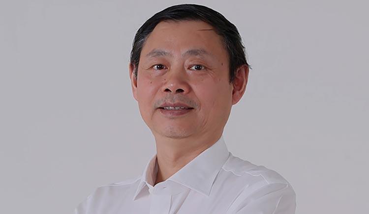 Чжоу Гуанпин (Zhou Guangping) старший вице-президент Xiaomi